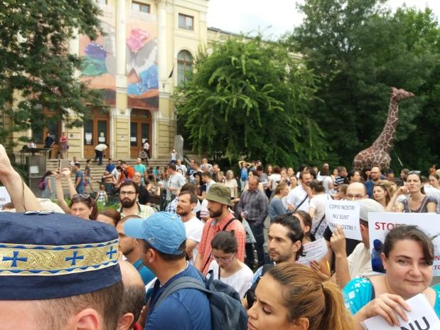 Un alt PROTEST ÎMPOTRIVA OBLIGATIVITĂȚII VACCINĂRII – Duminică 17 septembrie orele 15:00 – 18:00 (PiațaVictoriei)