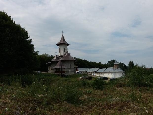 Predică (audio) la Adormirea Maicii Domnului a părintelui Claudiu Buză – Hramul SchituluiRădeni